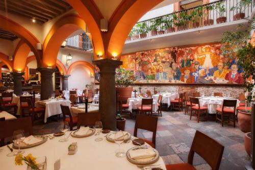 restaurantes_puebla_mejores_restaurantes_puebla_open_table_el_mural_de_los_poblanos_02