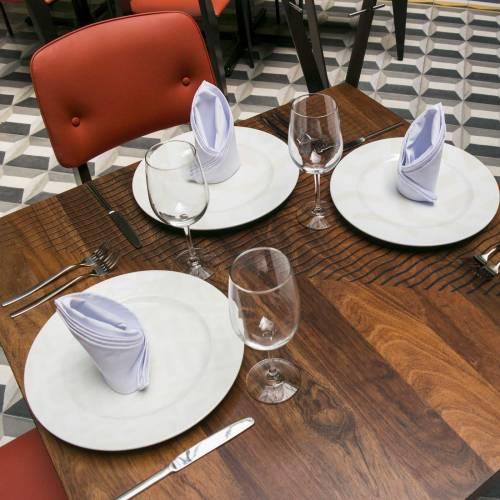 restaurantes_puebla_mejores_restaurantes_puebla_open_table_restauro_comedor_07